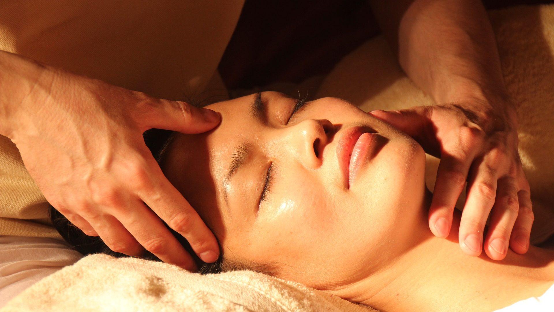 Verwöhnung & Verehrung – Entspannung & Ekstase – Tantramassage für Männer und Frauen